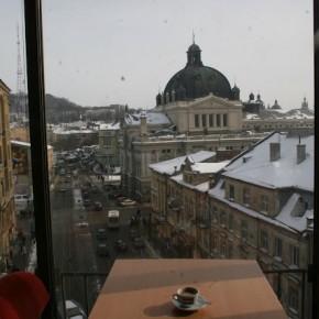 Місто і кава