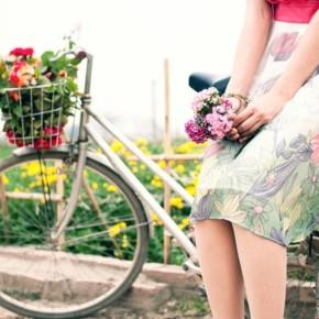 Перший Всельвівський Велопарад Дівчат У Сукнях!