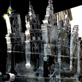 Крижані коктейлі під льодовою вежею